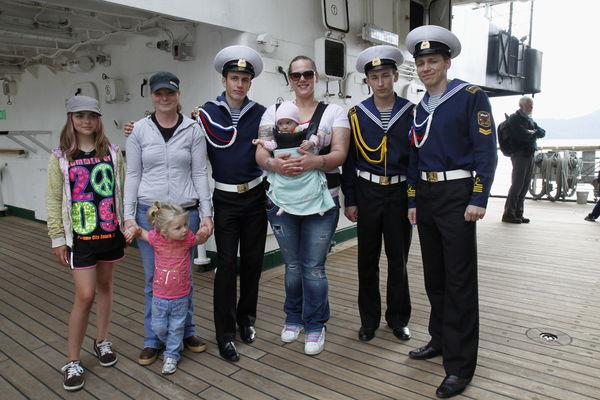 Гости на борту парусника