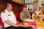 Круглый стол с участием профессоров Гавайского университета и командного состава парусника