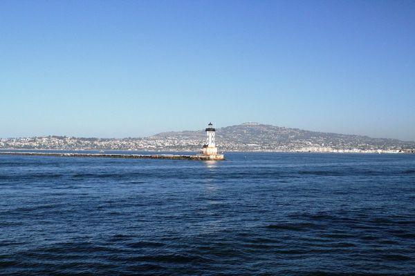 «Паллада» приближается к следующему порту захода — Лос-Анджелес