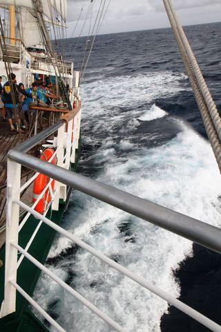 В Сангарском проливе «Паллада» попала в небольшой шторм