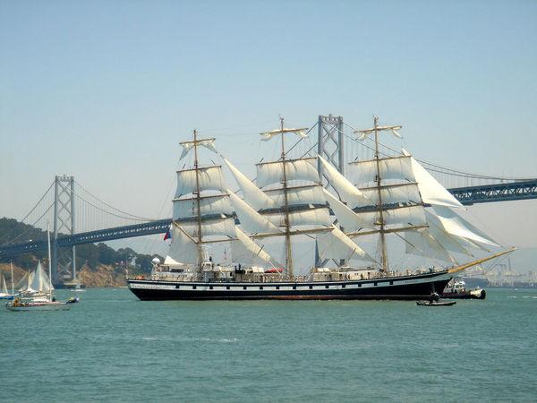 «Паллада» зашла в Сан-Франциско на всех парусах